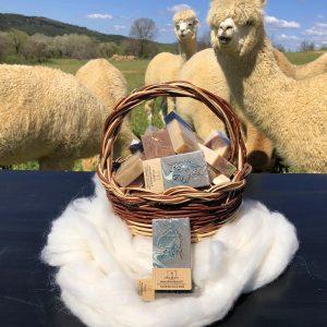 Saponetta artigianale alla cheratina di fibra di alpaca giardino delle erbe